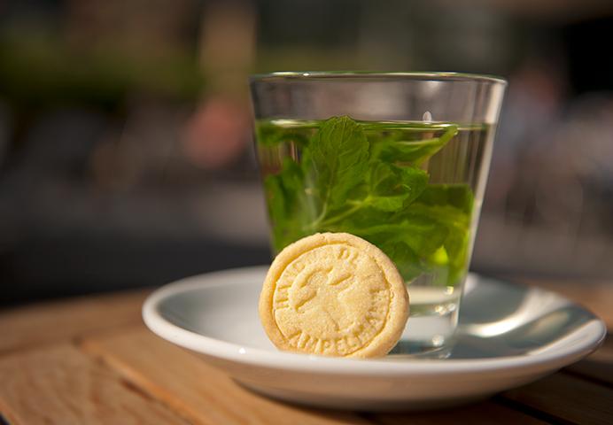 Minz Tee